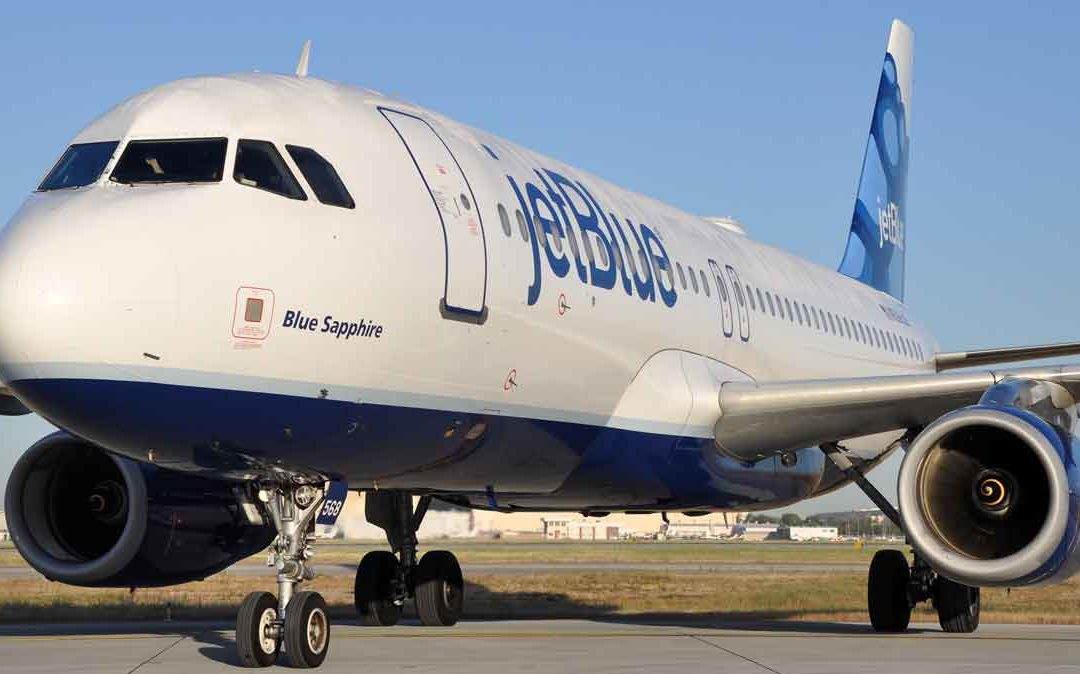 Nace un bebé en pleno vuelo de JetBlue